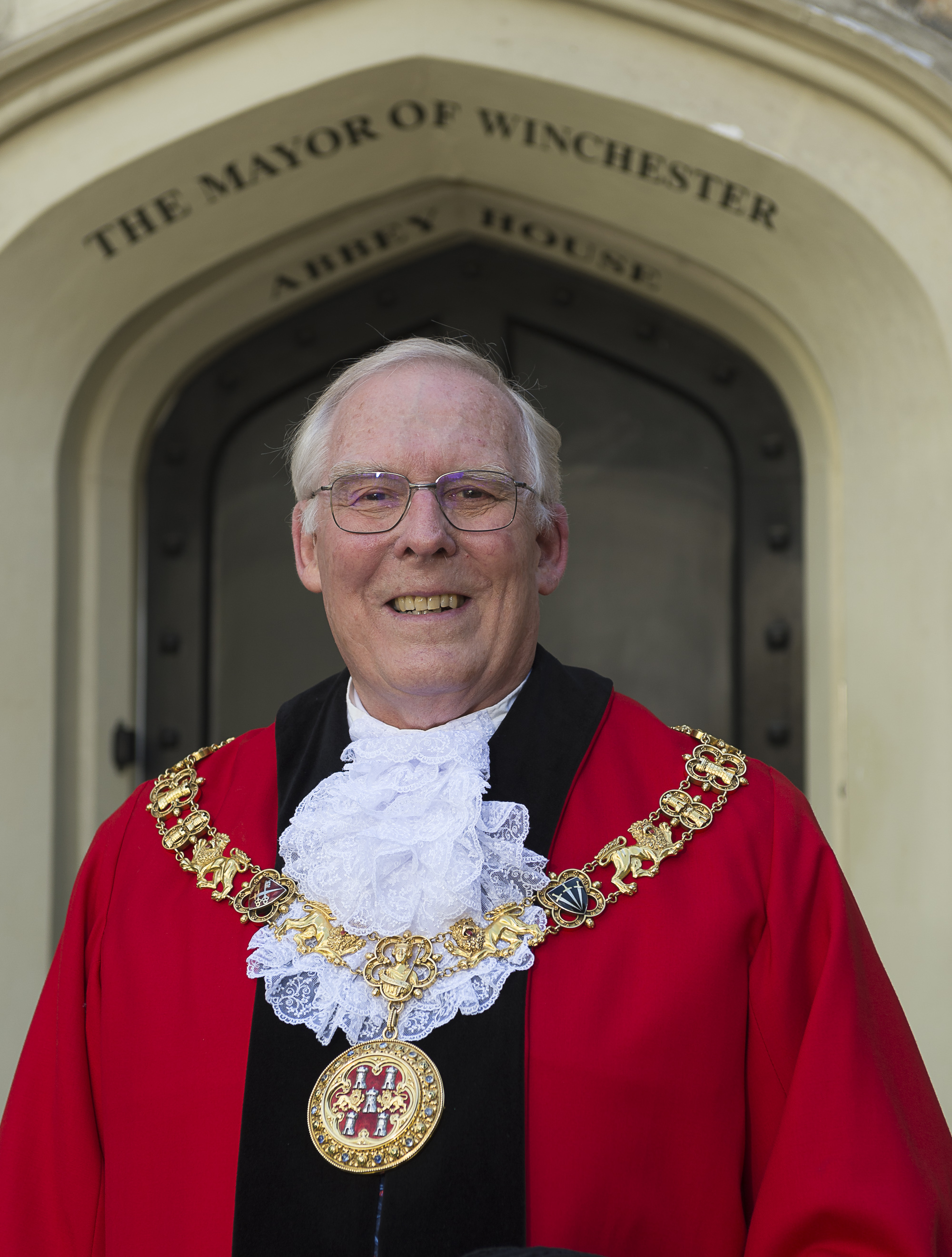 Mayor of Winchester, Cllr Frank Pearson