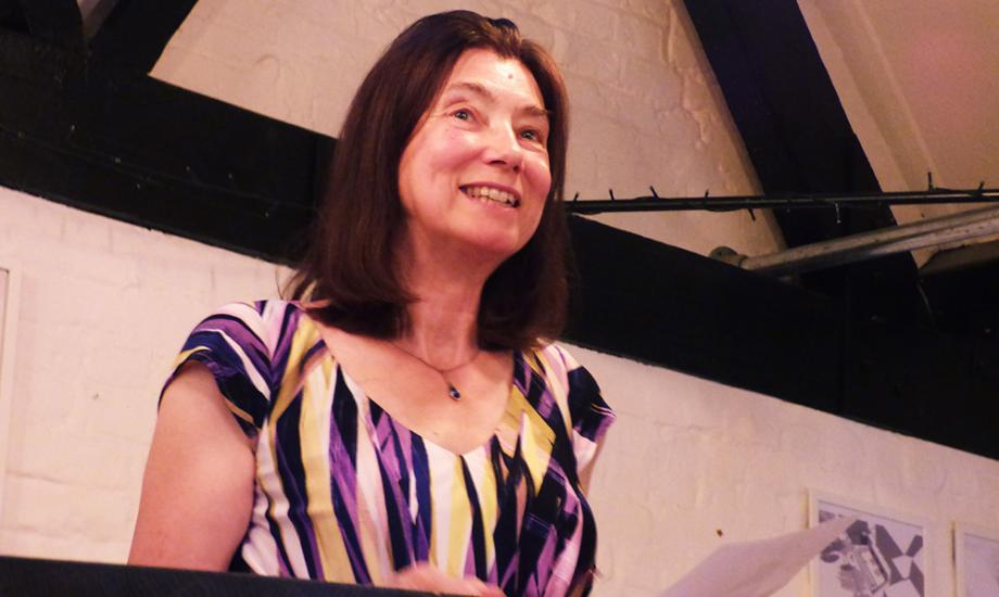 Robyn Bolam Hampshire Poet