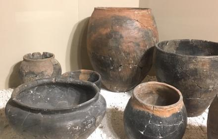 image of iron age pots on display at Iron Age museum