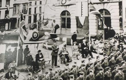 Andover Guildhall with spitfire on display and troops in front